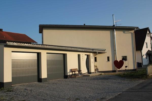 13-10 Haus Frontseite