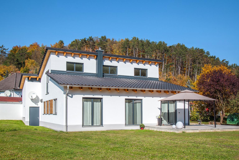 kologisches eigenheim in burglengenfeld ziegelwerke. Black Bedroom Furniture Sets. Home Design Ideas