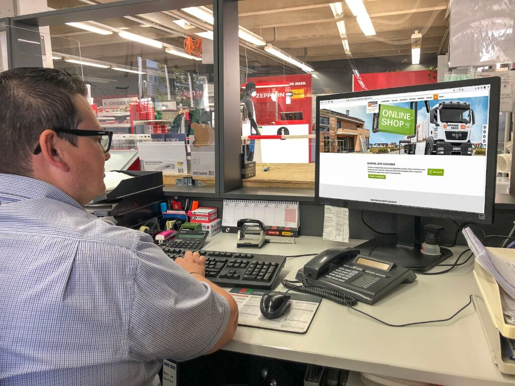 Baustoffhandel benutzt Ziegel Online-Shop